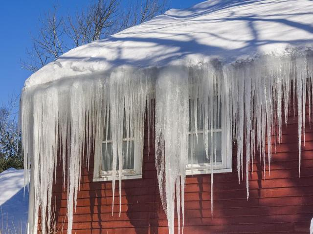 Ice Dams and Roof Ventilation - Image 1